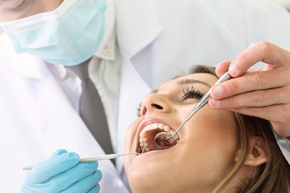 We observe the technique of daily cleaning of the oral cavity